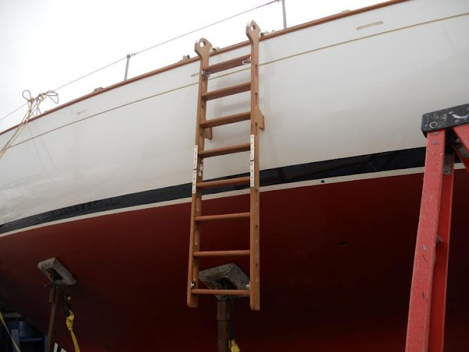 Custom Boarding Ladder | RI Boatwrights